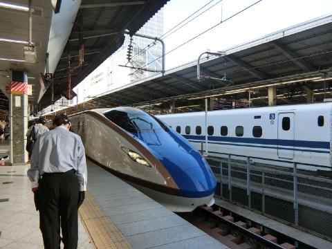 北陸新幹線で金沢へ帰省